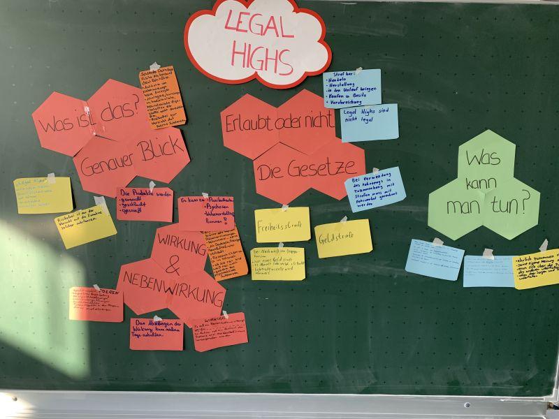 Legal_Highs03